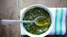 Using mature arugula leaves instead of the baby variety will make for a more peppery salsa verde.