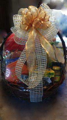 Shrink Wrapped w/box 'Florida' Gift Basket.  Various Florida gourmet treats, Florida key chain, Florida Magnets, Florida Book etc.  $100.00