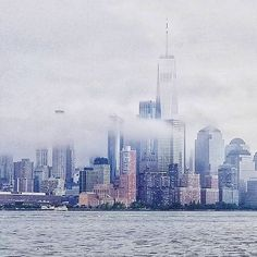 City in the clouds  #freedomtower #NYC