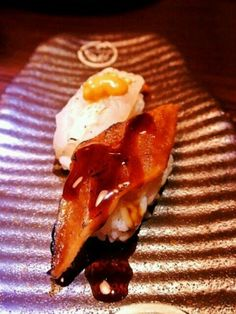 I can't remember the one at the fore ground, the other is Tako. at Tsim Sha Tsui, Hong Kong - 14件のもぐもぐ - sushi by gen