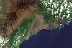 Image: Volcanic landscape of Big Island, Hawaii