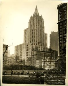 New York Life Insurance Co. Building, New York City (completed building) [photoprint]. 1928. Cass Gilbert Collection, Archives Center, National Museum of American History, Smithsonian Institution.