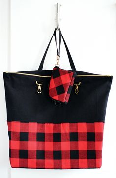 Two-in-One Bag - Make This - Luxe DIY - How Did You Make This?