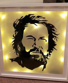 Beleuchteter Ribba Rahmen mit Bud Spencer