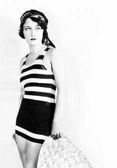 1929 - Dorothy Sebastian (1903 – 1957)  Photo by Hulton Archive # Vintage bathing Beauties