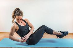 Here we show you 10 HIIT exercises that are perfect for losing weight. You will also find an effective HIIT training plan for men and women here. 10 Min Workout, Pilates Workout, Butt Workout, Workout Challenge, Workout Videos, Fitness Routines, Fitness Workouts, Easy Workouts, Yoga Fitness