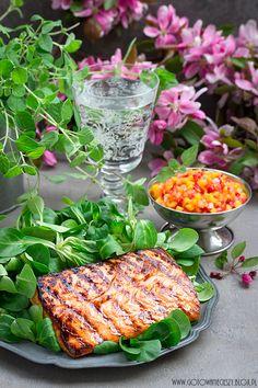 Łosoś z salsą z mango i truskawek Enjoy Your Meal, Mango Salsa, Special Recipes, Easter Recipes, Fish And Seafood, Avocado Toast, Food Inspiration, Dinner, Vegetables
