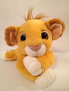 Vintage Lion King Simba Plush (1993). Omg I have this exact Simba plush! I've had it since I was a baby! ♥