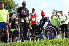 OCTOBER 03, 2015 Participants gather for the start of the 5km Legends Marathon in East London on Saturday Picture: MARK ANDREWS © DAILY DISPATCH PHOTO GALLERY: Early push in Legends Marathon brings gold for Makaza | DispatchLIVE