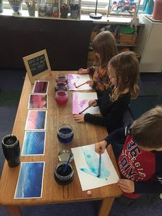 Rainbows, Prisms and Clouds: A Kindergarten Sky Inquiry Reggio Classroom, Preschool Classroom, Preschool Art, Classroom Activities, Early Education, Early Childhood Education, Primary Education, Play Based Learning, Early Learning
