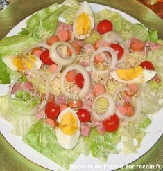 Here is a typical Alsatian salad with sausages from Strasbourg to enjoy accompanied by a good beer from Alsace! This recipe is a specialty of the Alsace region Recette Salade alsacienne Mock Turtle Soup, Salad Recipes, Healthy Recipes, Cordon Bleu, Pasta, Food Categories, Culinary Arts, Food Videos, Cobb Salad
