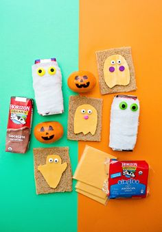 Easy Halloween Lunch for Kids. Ghost Cheese Sandwiches and Mummy Drinks. Halloween Snacks, Halloween Games, Halloween Activities, Halloween Projects, Easy Halloween, Activities For Kids, Crafts For Kids, Activity Ideas, Healthy Halloween