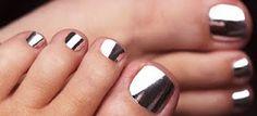 dear girlfriend: Minx Nails