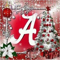 Alabama Football Team, Alabama College, Crimson Tide Football, University Of Alabama, Alabama Crimson Tide, Alabama Wreaths, Merry Christmas Pictures, Football Crafts, Christmas Bulbs