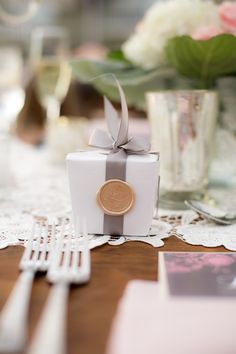 Sophisticated Take-Out Favor Boxes   Clove & Kin   TheKnot.com