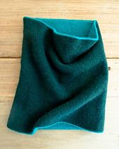 Ravelry: Reversible Cowl pattern by Purl Soho