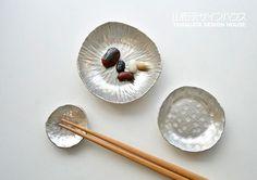 錫の箸置き・豆皿・小皿