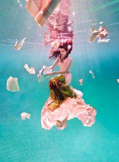 feline-blush-wonderland-couture-campaign-by-ilse-moore-1