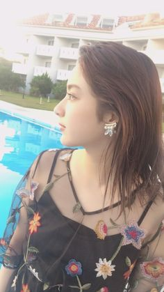Taira Yuna (平祐奈) Japanese Actress, 平愛梨(姉) Fair Face, Japanese Mythology, Cute Japanese Girl, Actor Model, Woman Face, Lady Lady, Beautiful Women, Female Face, Actresses