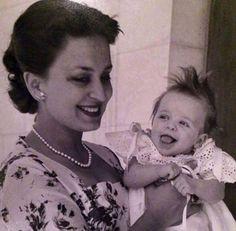 الملكة دينا الزوجة الاولى للملك حسين والاميرة عالية