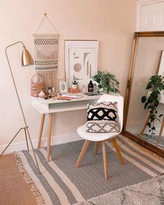home decor furniture Study Room Decor, Cute Room Decor, Room Ideas Bedroom, Home Decor Bedroom, Boho Room, Aesthetic Room Decor, Home And Deco, Home Office Decor, Home Interior