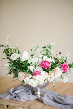 Making your own centerpiece has never been so fun! Check out this stunning floral arrangement.
