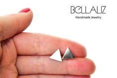 Tiny Triangle Stud Earrings, Tiny Post Earrings, Triangle Studs, Everyday Earrings, Gold Stud Earrings by Bellalizd on Etsy Mom Jewelry, Dainty Jewelry, Jewelry Gifts, Handmade Jewelry, Jewelry Making, Tiny Stud Earrings, Screw Back Earrings, Clip On Earrings, Gold Studs