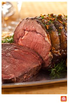Garlic Prime Rib Recipe Serves 15 Ingredients 1 pound) prime rib roast 10 clove garlic, minced 2 tbsp olive oil 2 tsp s. Beef Dishes, Food Dishes, Dinner Dishes, Main Dishes, Garlic Prime Rib Recipe, Rib Recipes, Cooking Recipes, Sauce Recipes, Healthy Recipes