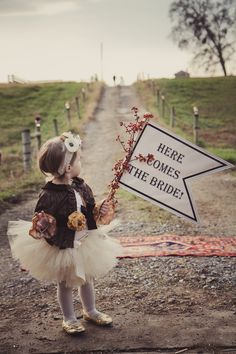 Can't decide which I like more...the idea, or the style of this wedding.