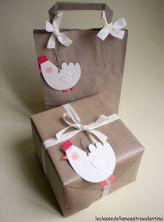 Quando la Pasqua si avvicina può capitare di voler regalare qualche ovetto di cioccolato. Basta poco per creare delle confezioni carine che...