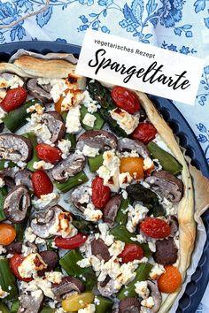 grüner Spargel - Rezept Tarte: Die Spargel Tarte mit Blätterteig ist schnell zubereitet. Ob man sie als vegetarisches Rezept oder z.B. mit Schinken zubereitet, ist einem selbst überlassen. Diy Food, Vegetable Pizza, Vegetables, Pie, Hams, Vegetarian Recipes, Cooking, Healthy Salads, Eat Clean Breakfast