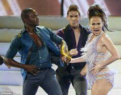 J.Lo dances salsa tribute to Celia Cruz 2013