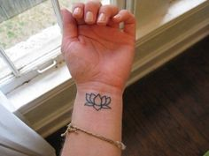 50 Awesome Lotus Tattoos for Women and Girls (10)