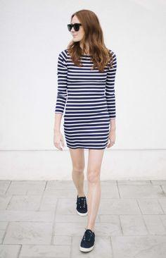 abercrombie taylor stripe white stripe on navy dress + navy sperry sneakers