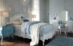 Tiffany Vanity Set