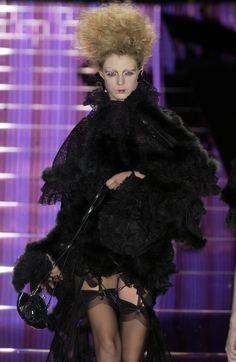 93 photos of John Galliano at Paris Fashion Week Spring 2004.