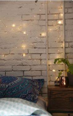 Twinkle lights, fairy lights, home decor, interior design, interiors Style Deco, Boho Style, Deco Design, Home Bedroom, Master Bedroom, Brick Bedroom, Fairy Bedroom, Bedrooms, Bedroom Rustic