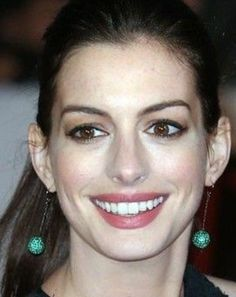 Anne Hathaway Style, Beautiful Brown Eyes, Beautiful People