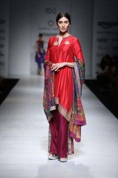 Krishna Mehta  - Amazon India Fashion Week - Autumn Winter 17 - 10