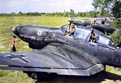 The infamous german Stuka, the symbol of Blitzkreig, the lightning war. A good dive bomber, but only in absence of fighter opposition. Ww2 Aircraft, Fighter Aircraft, Military Aircraft, Fighter Jets, Luftwaffe, Image Avion, Old Planes, Military History, World War Two