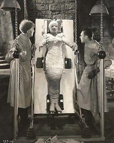 "Bride of Frankenstein~Elsa Lanchester~Horror~Photo~CU#2~ Poster 16/"" x  20/"""