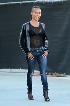 Jada Pinkett Smith shows off her Bra at Gucci - Part 2 | Fashion Bomb daily