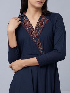 Stitched on collar - front of upcycled wool dress? Silk Kurti Designs, Simple Kurta Designs, Churidar Neck Designs, Kurta Neck Design, Kurta Designs Women, Kurti Designs Party Wear, Neck Designs For Suits, Neckline Designs, Sleeves Designs For Dresses