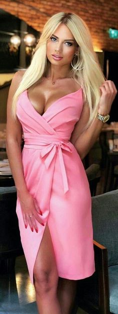 Pink Outfits, Sexy Outfits, Sexy Dresses, Beautiful Dresses, Dress Outfits, Chic Dress, Pink Fashion, Sensual, Fashion Clothes