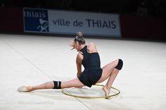 Aleksandra Soldatova (Russia), backstage Grand Prix (Thiais) 2016 Rhythmic Gymnastics Training, Sports Stars, Ballet, Bikini Babes, Figure Skating, Grand Prix, Leotards, Cheer, Dance