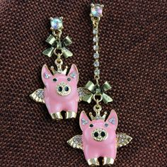 Fashion stud earrings 2014 New fashion pure and fresh quietly elegant simplicity small earrings 0128 flying pigs length Cheap Earrings, Small Earrings, Girls Earrings, Stud Earrings, Flying Pig, My Precious, Fashion Earrings, New Fashion, Belly Button Rings
