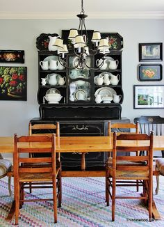 Some Are Silver and The Other Is Gold  Finding Home's dining room. I want a cabinet exactly like this.