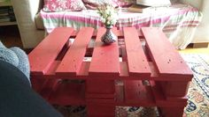 DIY red coffee table made from pallets, final result