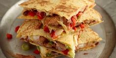 Try our mouth-watering leftover pulled pork quesadilla recipe for a quick and easy way to enjoy pork that tastes delicious.