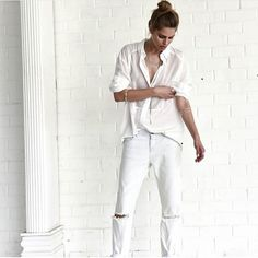 White is always a good idea, especially if we are talking about Oneteaspoon La Creme Awesome Baggies! Jewels Clothing, Ootd, Ripped Denim, All White, Creme, White Jeans, Beachwear, Style Inspiration, Casual